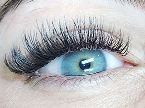 Eyelashes 10