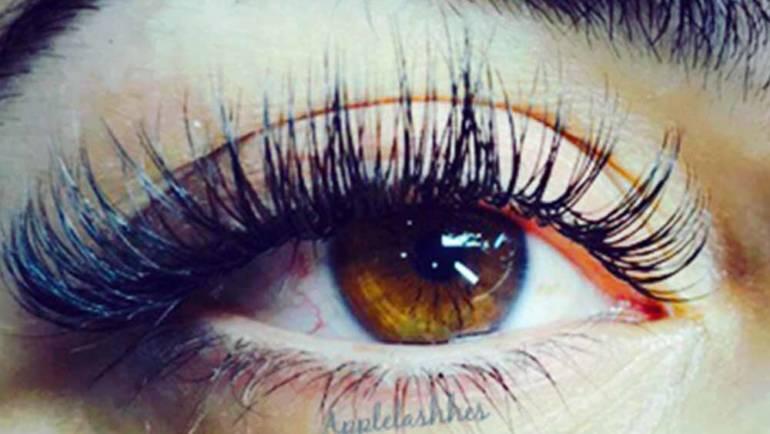 Eyelashes 20