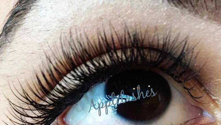 Eyelashes 25